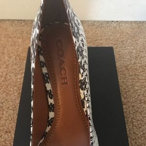 63c5b3c1adf Coach Shoes - COACH Beadchain Pump Snake Skin